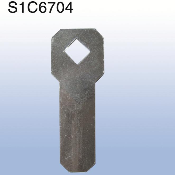 S1C6704